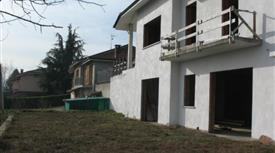 Villa indipendente non isolata