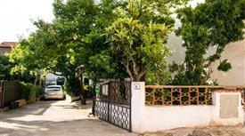 Appartamento con giardino a pochi chilometri dal mare.