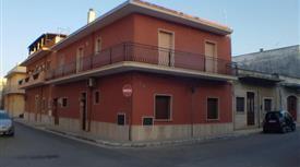 Casa Indipendente in Vendita in Via Puccini 49/51 a San Vito dei Normanni