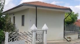 Villa singola e terreno