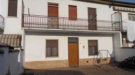 Casa indipendente in vendita in cantone grassi, 63, Casale Monferrato