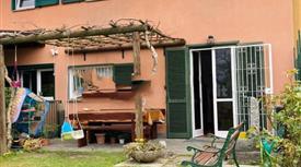 Villa a schiera via Gardanesi, Lipomo
