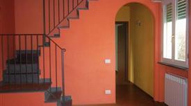 Affitto luminoso appartamento 80 mq. a Lucca. No Condominio