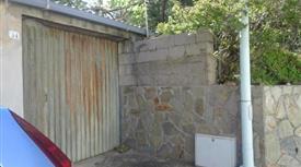 Nebida ampio appartamento con garage e cortile