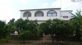 Casa indipendente in vendita in strada statale 63 s.n.c