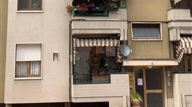 Appartamento ottimo stato, primo piano, Prato