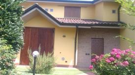 Villa in vendita in Largo A. Ghersini, 20 Pagazzano