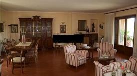 Villa in Vendita in Via Salaria Vecchia 20 a Scandriglia