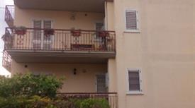 Appartamento di 100 mq. Con mobilio