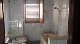 Privato vende ampio appartamento Taurianova