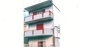 Quadrilocale con balconi