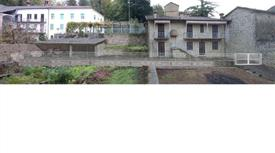 Casa Indipendente in Vendita in Via Maestra 6 a Castino