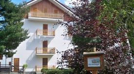 Appartamento via G P de Magistris 29, Santa Maria Maggiore € 75.000