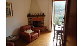 Villa in vendita in via Principale, 20 Riccò del Golfo di Spezia