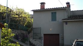 Villetta ingresso singolo con giardino ad Ancaiano