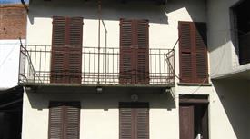 Casa tipica piemontese da ristrutturare