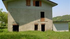 Casale da ristrutturare
