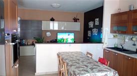 Appartamento 100 mq. con cantina e garage