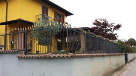 Villa in Vendita in Via Castel Crotolo 7A a Castelleone