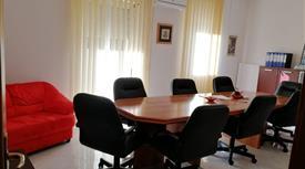 Elegante e luminoso appartamento uso ufficio