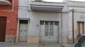Casa pian terreno garage