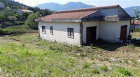 Casa indipendente con terreno da ristrutturare - Superbonus 110%