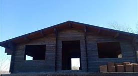 Vendesi casa in legno a CANTALUPO NEL SANNIO