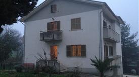Casa composta da due appartamenti indipendenti