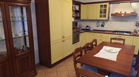Appartamento di 110mq con taverna e giardino