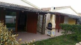 Villetta ARREDATA con Piscina,giardino,veranda e Posto Auto
