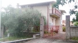 Villa via Nocelle 4, San Nicola Manfredi      € 255.000