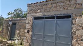 Casa con garage e terreno Edificabile e Produttivo