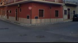 Vendesi appartamento Via Puccini 49