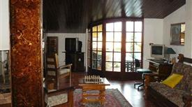 Tranquilla e ben servita casa vacanze in villa trifamiliare