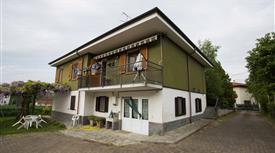 Casa indipendente con terrazzo, giardino e ampio Box. Colline tortonesi