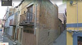 Monolocale con garage a Cianciana