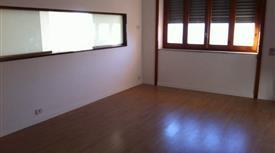 Appartamento nuovo con pertinenze zona centrale