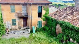 Rustico a Gavazzana da ristrutturare