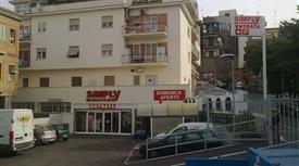 Appartamento in Vendita in Via Cardinale Altieri 14 a Albano Laziale