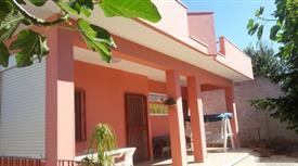 """Villa con giardino in zona balneare """"Canuta"""""""