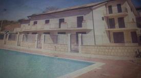 Villa in complesso con piscina a Orto Liuzzo