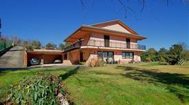 Villa in Vendita a Ceccano