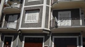 Ampia e spaziosa casa su due piani