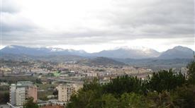 Vendesi villa a  Benevento