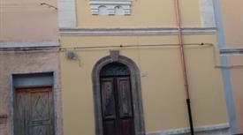 Abitazione in vendita a via Galliano