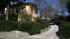 Ampia villa indipendente a Mondaino (RN)