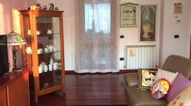Casa con due appartamenti 255.000 €