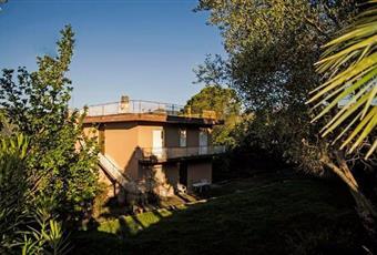 Il giardino è con erba Lazio FR Giuliano di Roma