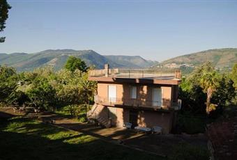 Casa singola con ampio terreno
