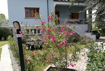 Appartamento piano primo in villa